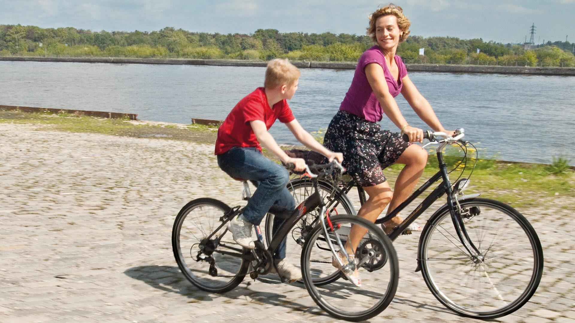 Kid With A Bike web1